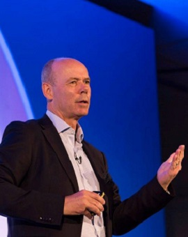 Sir Clive Woodward addressing delegates at IOSH 2016